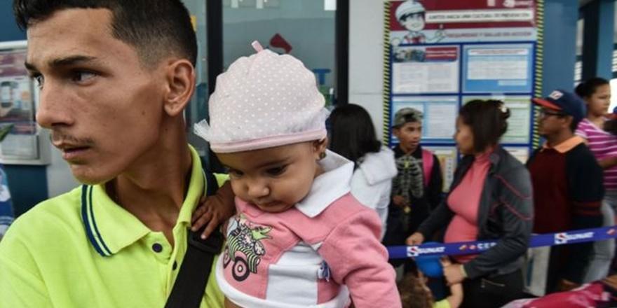 Venezuela'da Ekonomik Kriz: Göç Devam Ediyor