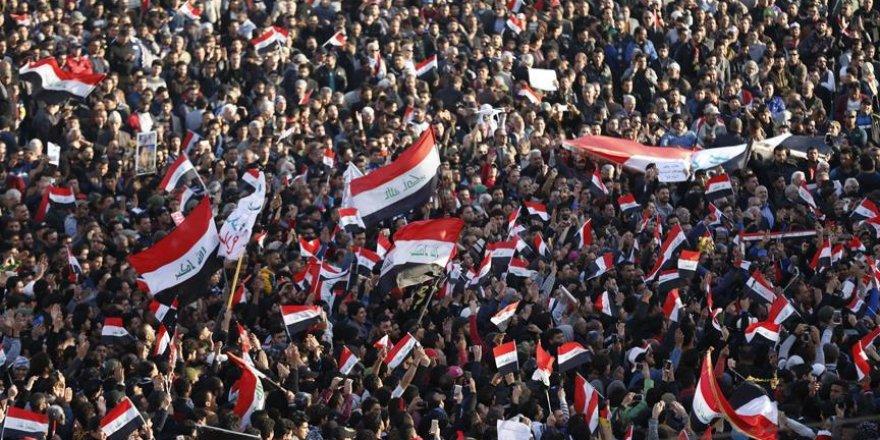 Irak Meydanları Yeniden İran Karşıtı Gösterilere Tanıklık Ediyor