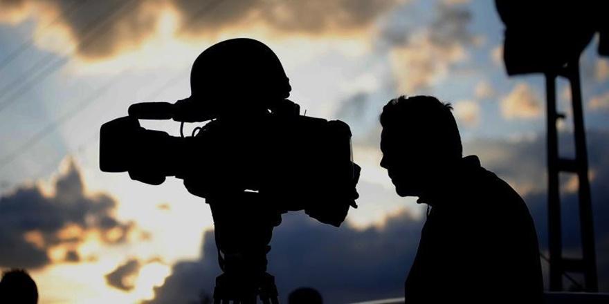 Nauru'da Mülteciyle Görüşen Gazeteciye Gözaltı!