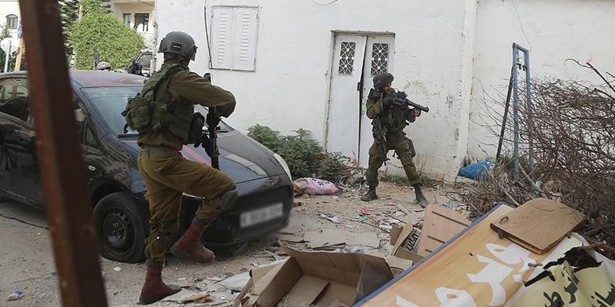 İşgalciler Filistinlileri Gözaltına Almaya Devam Ediyor!