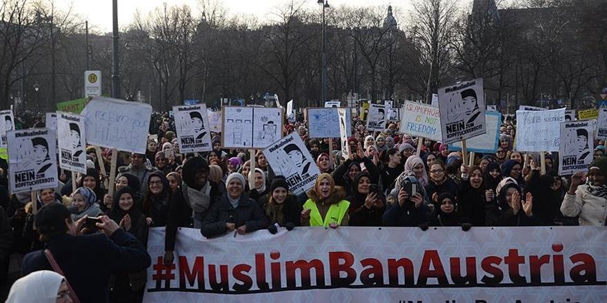 Avusturya'da İslam karşıtlığı yüzde 100 arttı