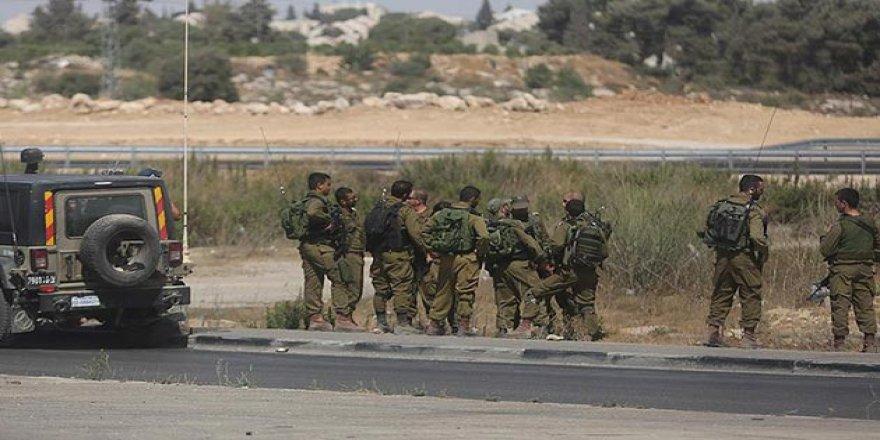 İşgalci İsrail AP Üyelerinin Gazze'ye Girişini Engelledi