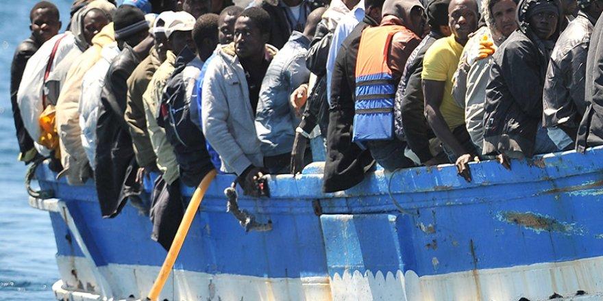 """İtalya'dan Yeni """"Göçmen"""" Kararnamesi"""