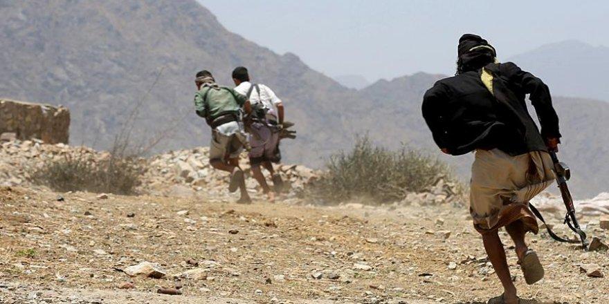 Yemen'de Husilerin Kalesi Sada'da 13 Militan Öldürüldü