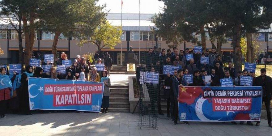 Doğu Türkistan'daki Çin Zulmü Erzurum'da Protesto Edildi