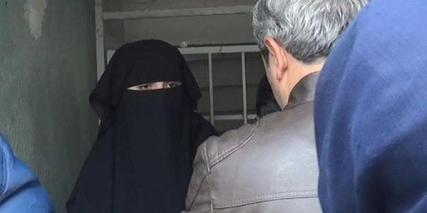 """""""Atatürk İlah Değildir"""" Dedi, Hakaretten Gözaltına Alındı!"""