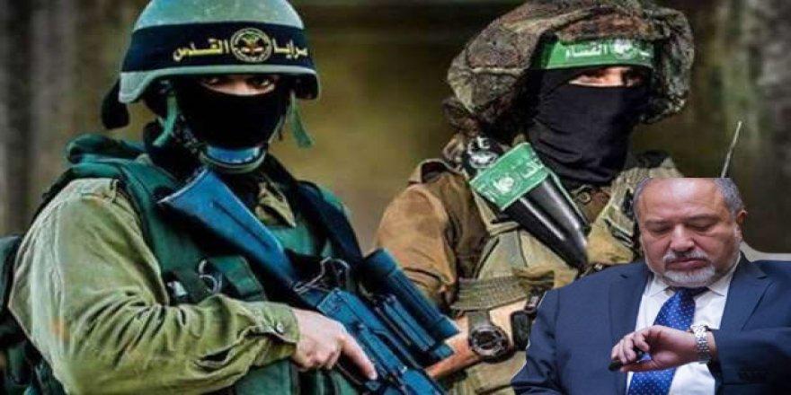 Gazze, Siyonist Ordu Bakanı Avigdor Lieberman'ın Kellesini Aldı