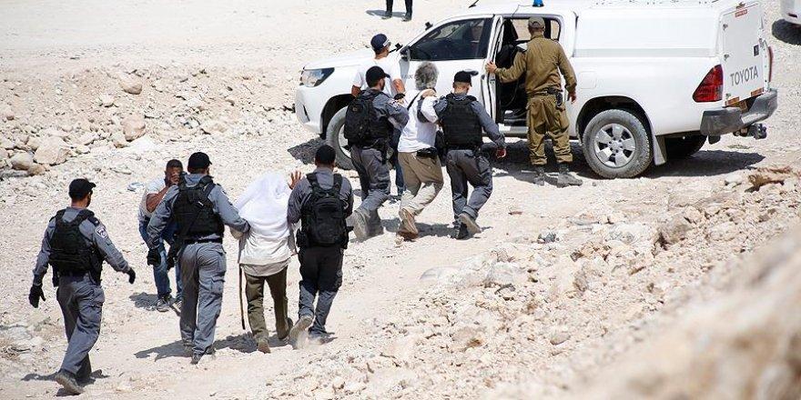 İşgal Güçleri 45 Filistinliyi Gözaltına Aldı