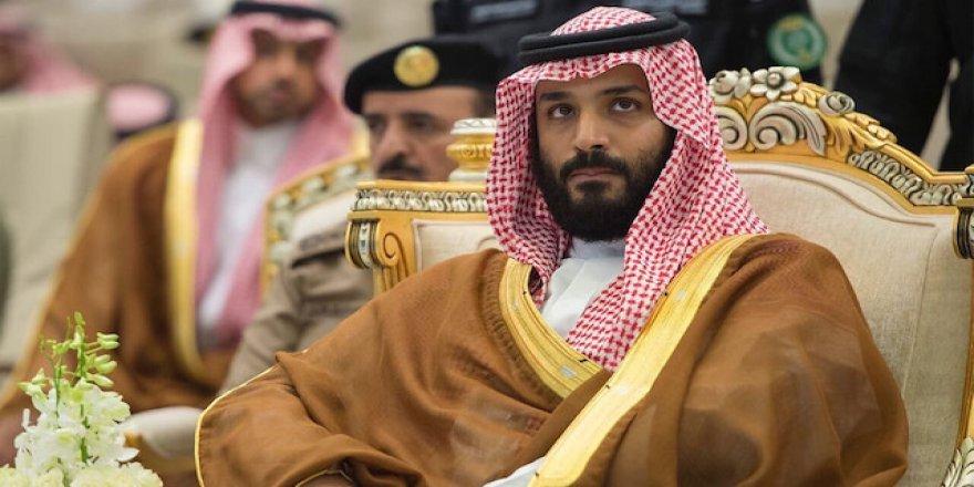 """Mısır'ı Ziyaret Eden Suudi Prens Selman'a """"Testere"""" Benzetmesi"""