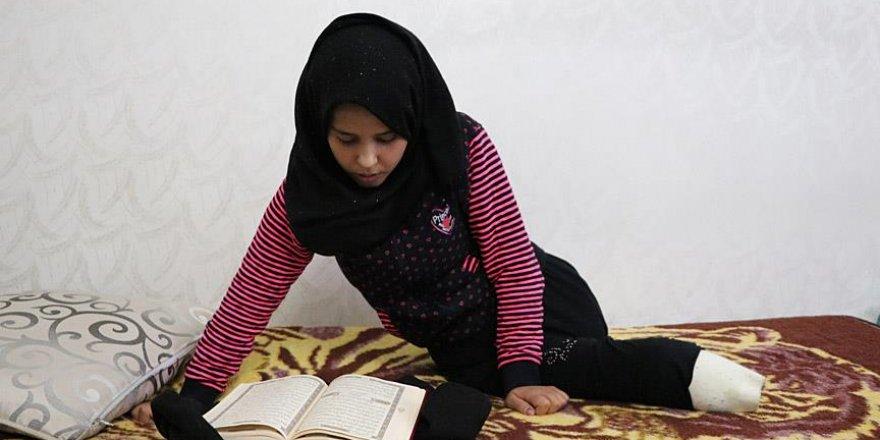 Katil Esed'in Bombaları Suriyeli Meryem'i Yatağa Mahkum Etti