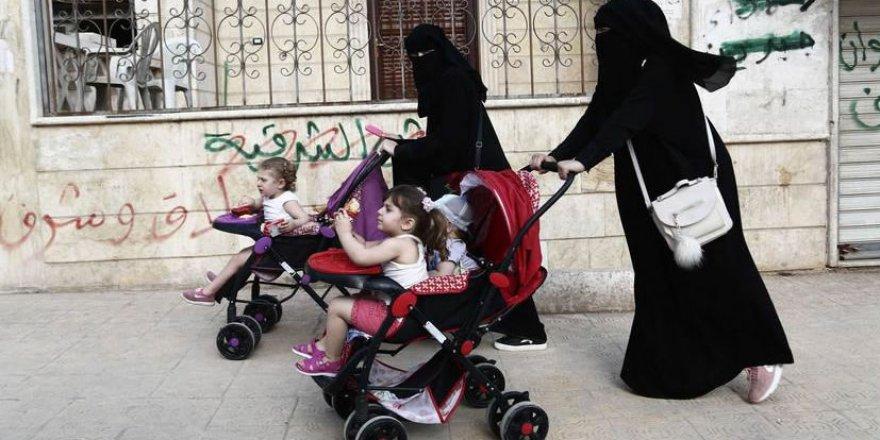 Doğu Gutalı Ailelerden Afrin'de Okul Protestosu