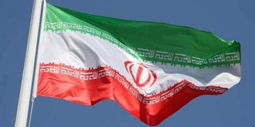 İran'da Toplu İstifa Depremi