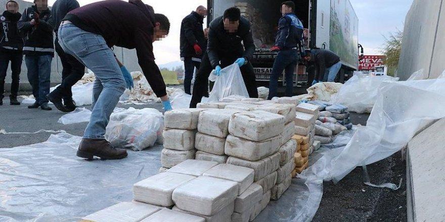 Erzincan'da 700 Kilogram Eroin Ele Geçirildi