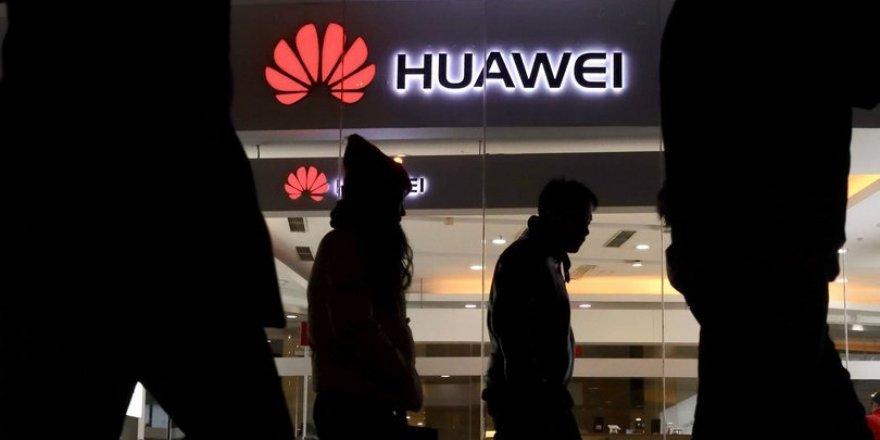 Huawei Yöneticisi Kefaletle Serbest Bırakıldı