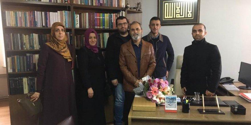 Özgür-Der'den Prof. Emiroğlu'na Destek Ziyareti