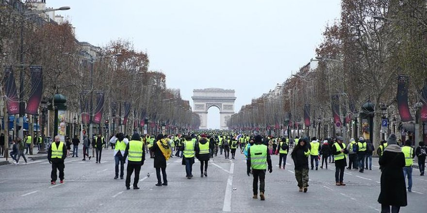 Fransa'da Gösteride Trafik Kazası Meydana Geldi