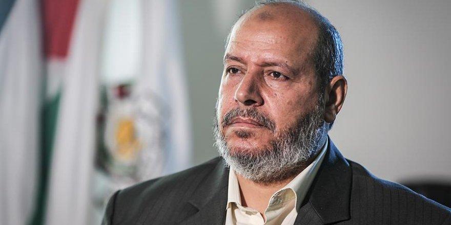 'Abbas Tek Başına Tüm Kurumlara Hükmetmek İstiyor'
