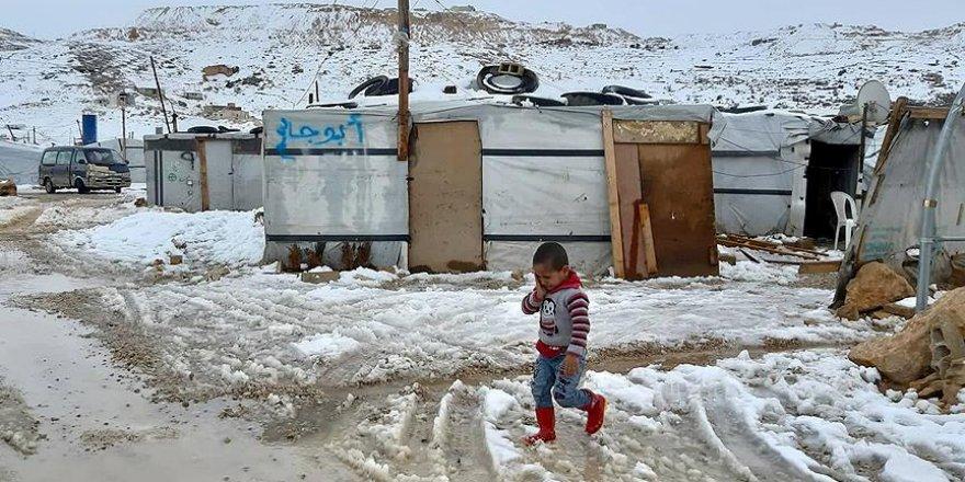 Arsal'da 60 Bin Suriyeli Mülteci Hayatta Kalma Mücadelesi Veriyor