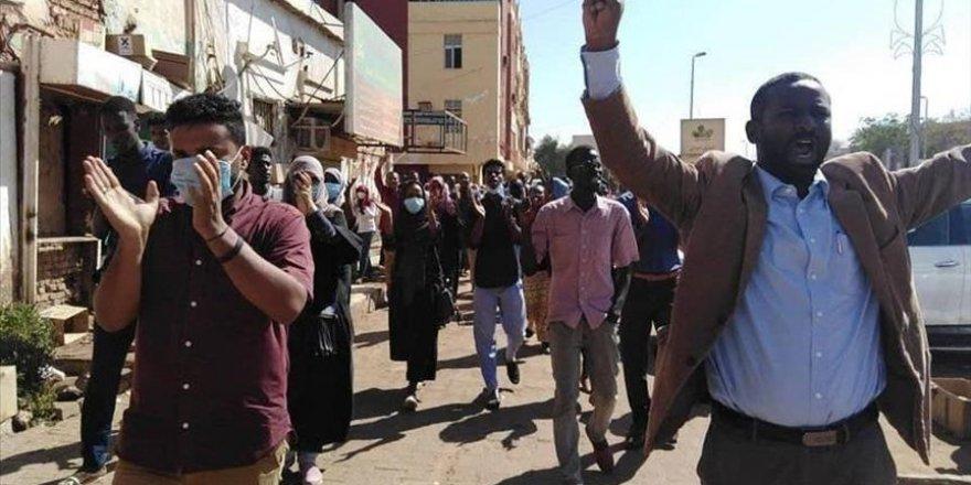 Sudan'daki Gösterilerin Bilançosu: 24 Ölü, 131 Yaralı