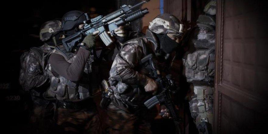Adana'da Fukara-Der'e Hukuksuz Gözaltı Operasyonu: 13 Gözaltı