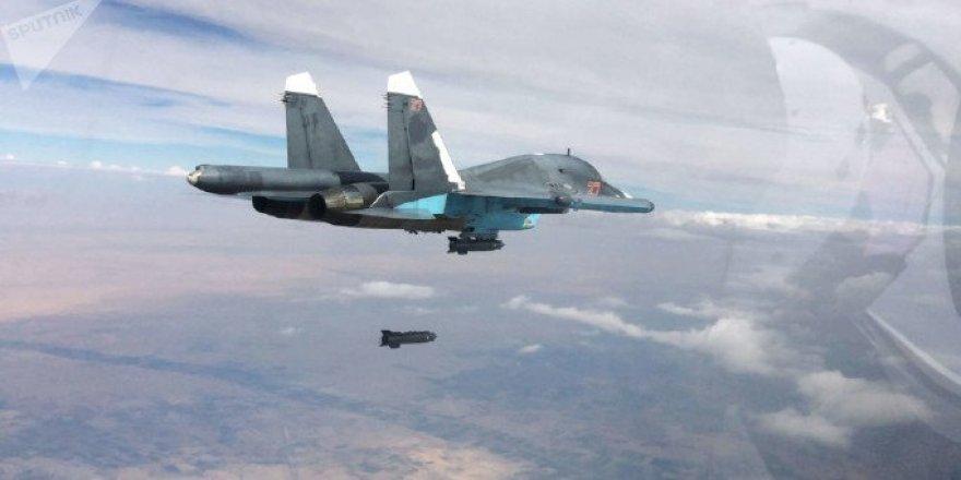 Rusya'da İki Savaş Uçağı Çarpıştı