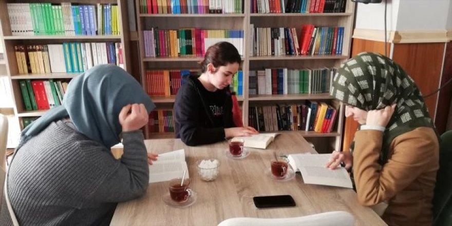 Diyarbakır Kayapınar'da Kitap Kafe Açıldı
