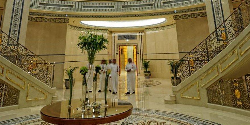 Suudi Arabistan'da Gözaltında Tutulan 10 İş Adamı Salıverildi