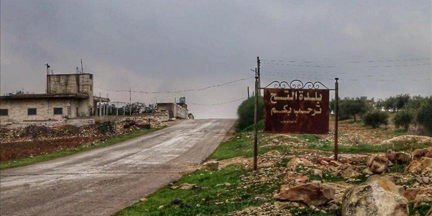 Rejim Güçleri İdlib'de İki Beldeyi Tümüyle 'Yıktı'