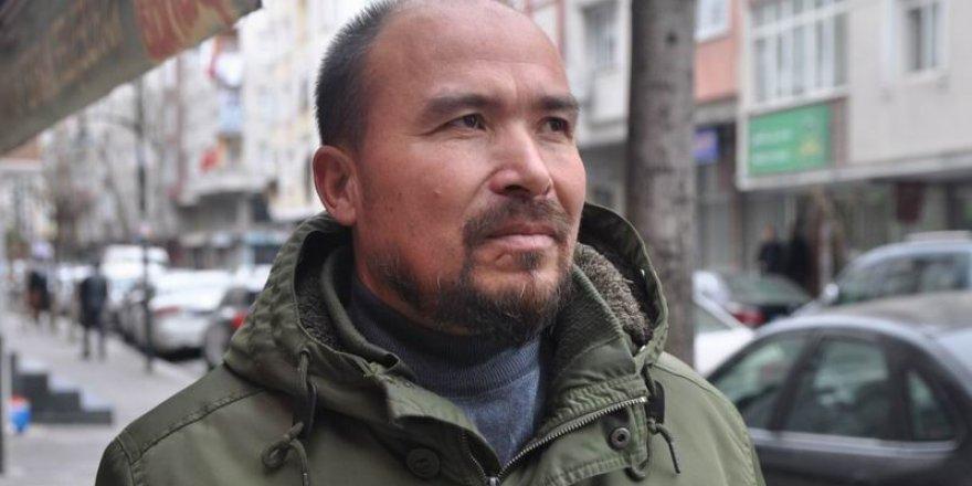 Uygur Bir Babanın Feryadı: Çin'in İşkence Kampları Aileleri Nasıl Ayırıyor?