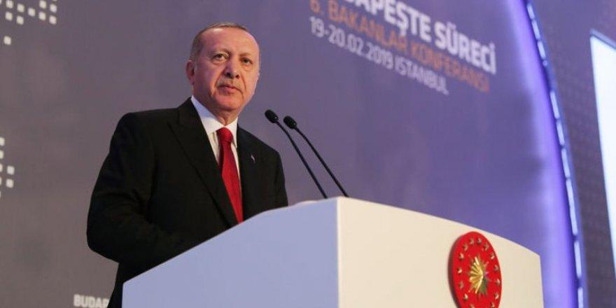 """Cumhurbaşkanı Erdoğan: """"Zevk İçin Gelmediler, Katil Esed'in Varil Bombalarından Kaçtılar!"""""""