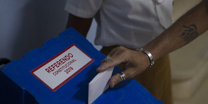Küba'da Anayasa Değişiyor
