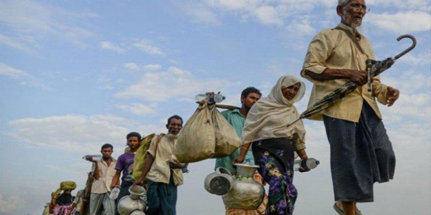 """Bangladeş """"Daha Fazla Arakanlı Mülteci Kabul Edemeyecek"""""""