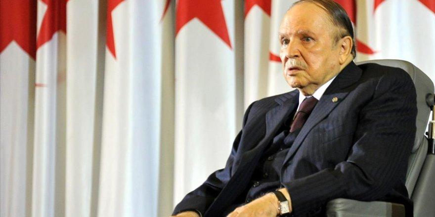 Cezayir Cumhurbaşkanı Buteflika'nın Sağlık Durumu Kritik