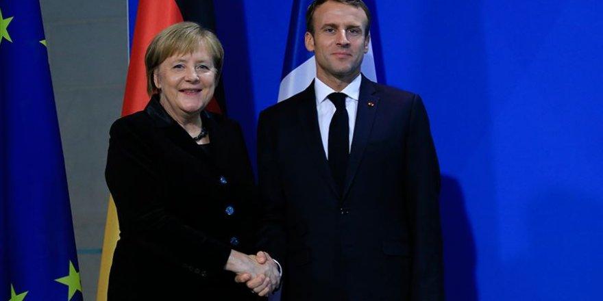 Fransa ile Almanya Arasında Ortak Meclise Yeşil Işık