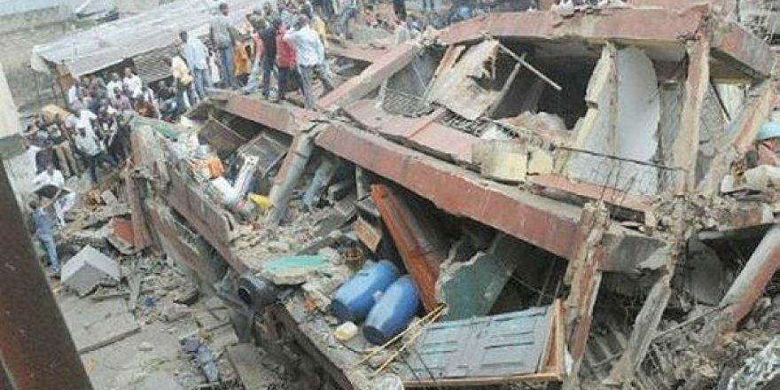 Nijerya'da 3 Katlı Okul Çöktü
