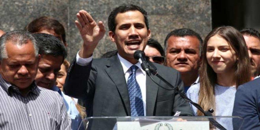 Venezuela'da Guaido Olası Erken Seçime Katılmayacaklarını Açıkladı