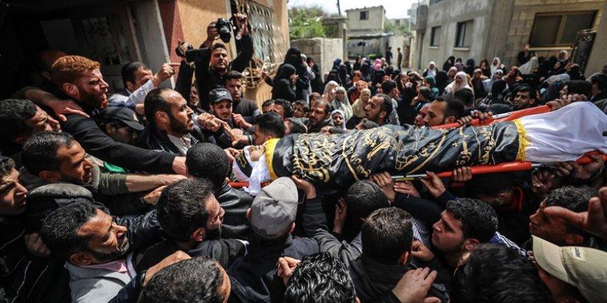 Gazze 2 Şehidini Hakk'a Uğurladı