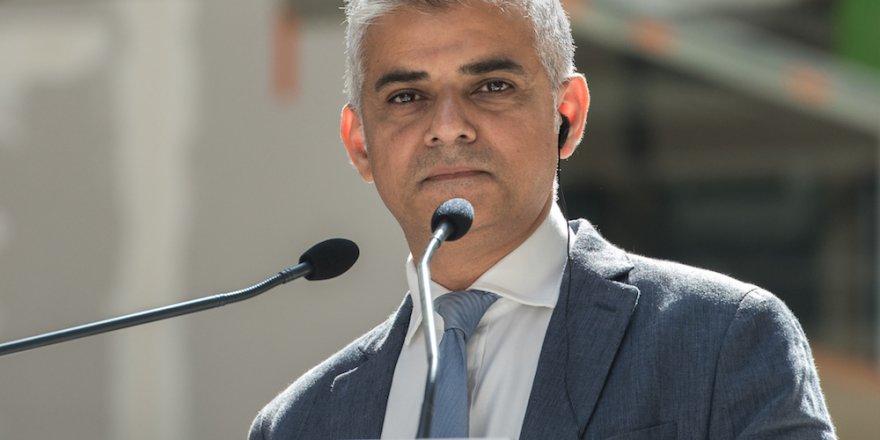 Khan İslamofobi Tanımı Değişsin Çağrısında Bulundu