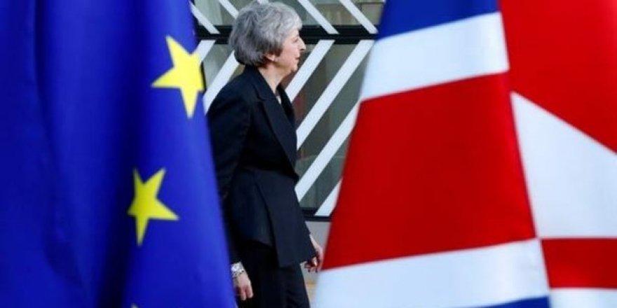 Brexit'in İptali Dilekçesinde 5 Milyondan Fazla İmza Toplandı
