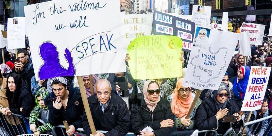 New York'ta İslamofobi Karşıtı Protesto Düzenlendi
