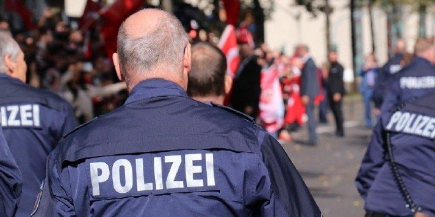 Alman Yargısından Irkçı-Dayakçı Polisleri Rahatlatan Karar