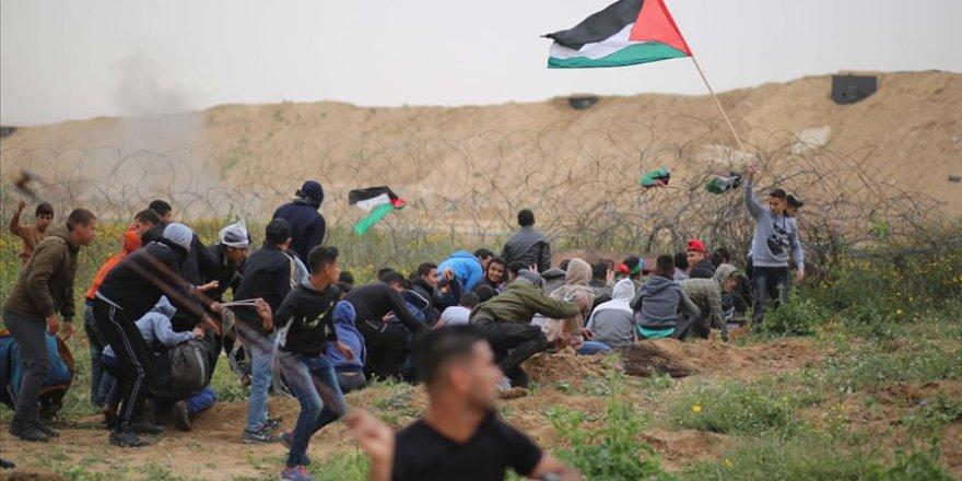 İşgal Güçleri Gazze Sınırında 2 Filistinliyi Şehit Etti