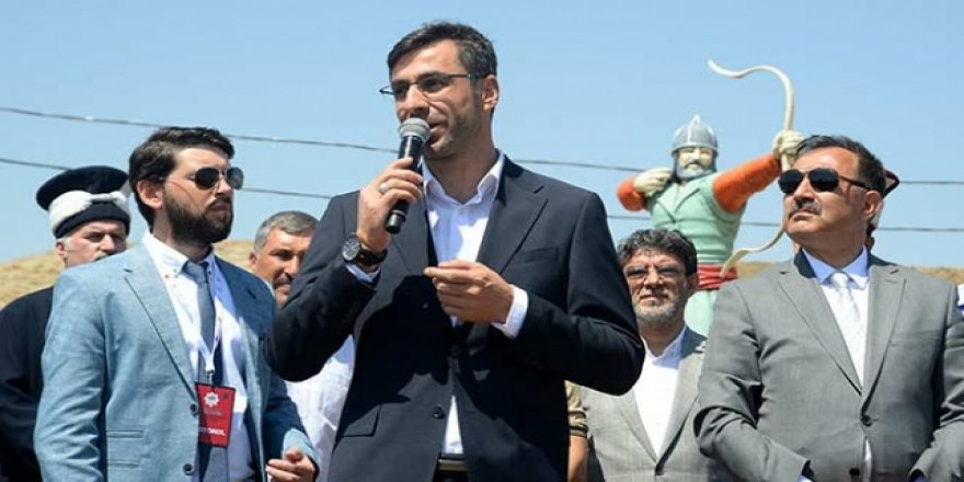 Bitlis'te AK Parti Adayı Nesrullah Tanğlay Kazandı