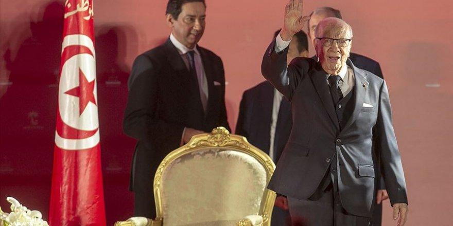 Tunus'ta Sibsi Yeniden Aday Olmayacak
