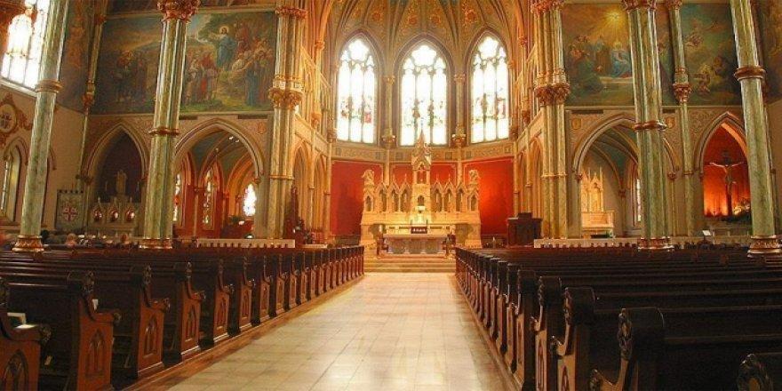 Mısır'daki Kilise Cinayetinde 2 Rahibe İdam Cezası