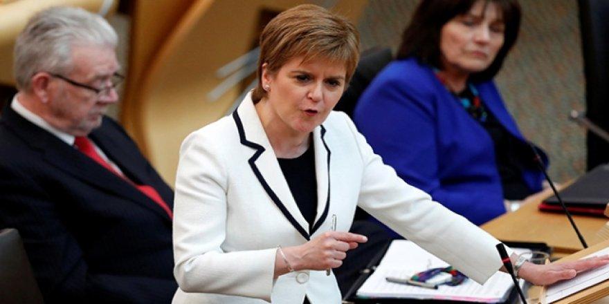 İskoçya'da Bağımsızlık Referandumu Çağrısı