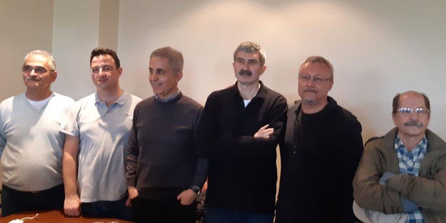 Eski Cumhuriyet Gazetesi Çalışanları Yeniden Cezaevine Girdi