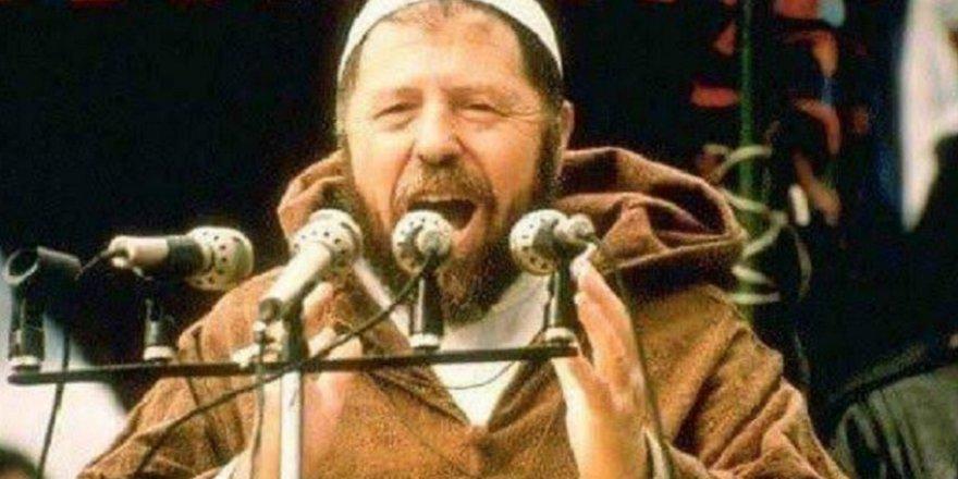 Cezayirli Lider Abbas Medeni