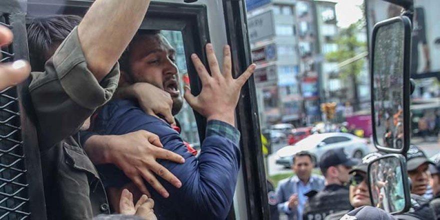 Beşiktaş'tan Taksim'e Yürümek İsteyenlere Müdahale