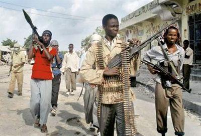 İngiltereden Somalili Direnişçilere Saldırı Hazırlığı